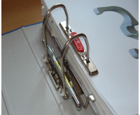 Stifthalter für Ordner 1